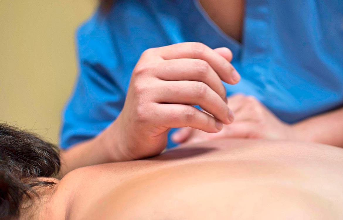 Physiotherapy massage treatment