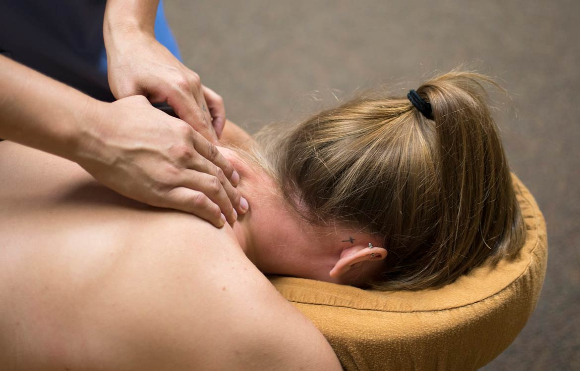 Osteopathic massage treatment